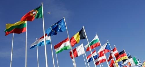 nemzetek zászlói, magyaros zászlók